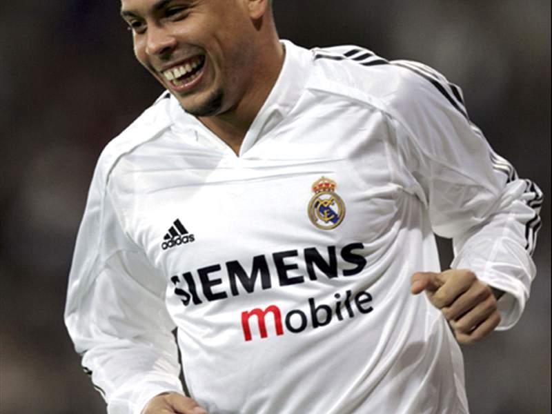 separation shoes ca8e0 85686 Goal.com Special: The History Of The Legendary Ronaldo ...