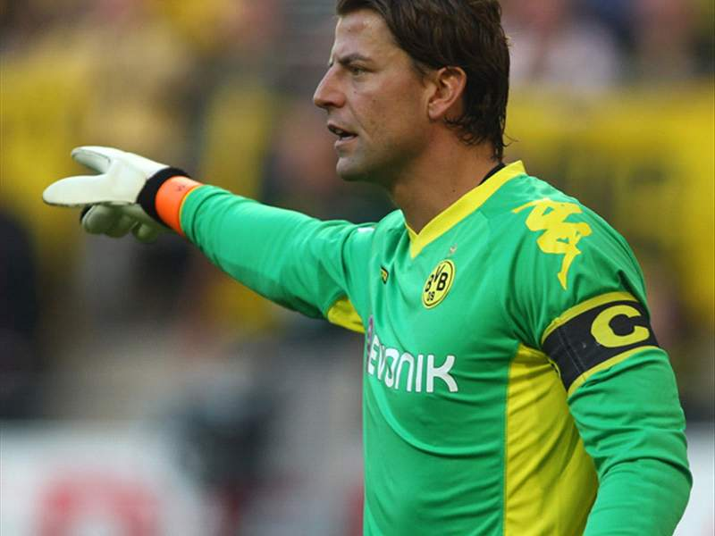 0ac747e1f Aston Villa tracking Borussia Dortmund goalkeeper Roman Weidenfeller -  report
