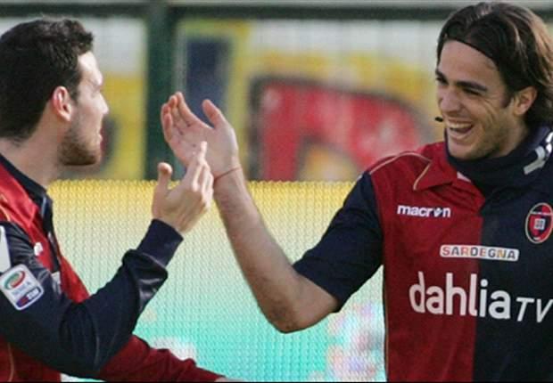 Cagliari-Bari 2-1: Matri è il mattatore del Sant'Elia, due messaggi alla Juventus!