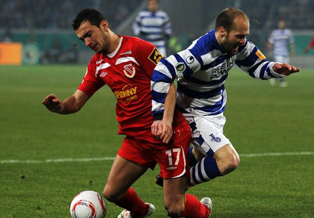 Duisburg 2-1 Energie Cottbus: American David Yelldell's Side Reach German Cup Final