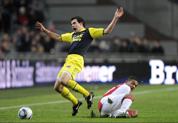 Ajax 4-0 AZ: Lorenzo Ebecilio Leads Godenzonen To Victory