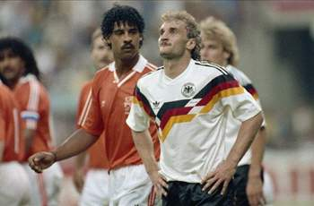 Rijkaard And Völler In The 1990 World Cup