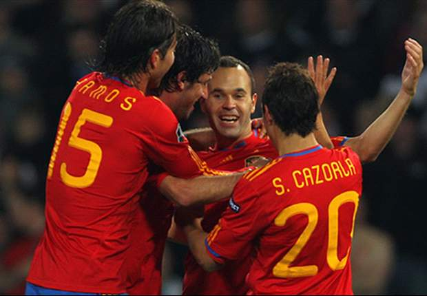 Costa Rica 2-2 Spain: Silva & Villa save world champions after Arsenal's Joel Campbell looked to have secured victory