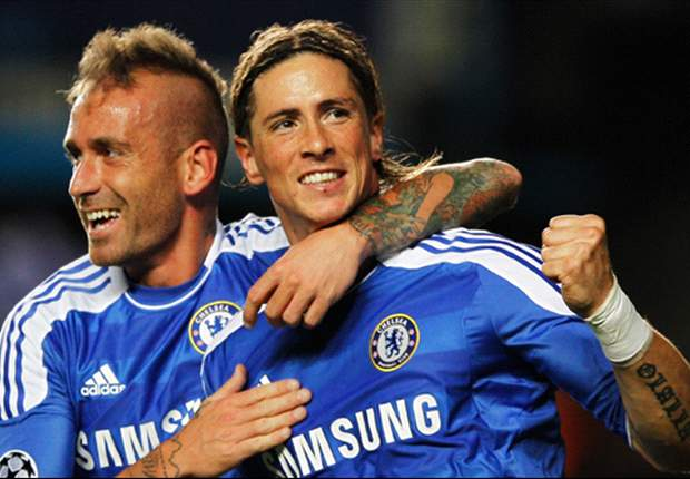 Chelsea 5-0 Genk: Fernando Torres hits form with classy double as rampant Blues extend Group E lead