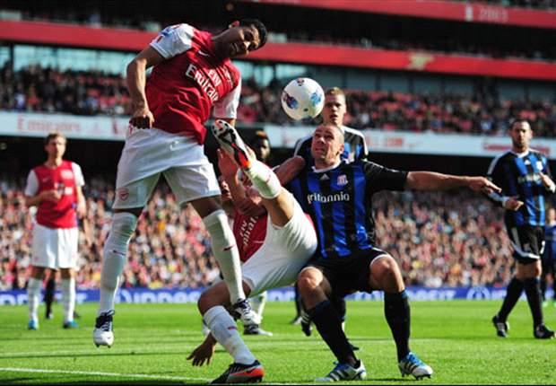 Robin Van Persie Bikin Dua Gol Lagi, Arsenal Perbaiki Peringkat