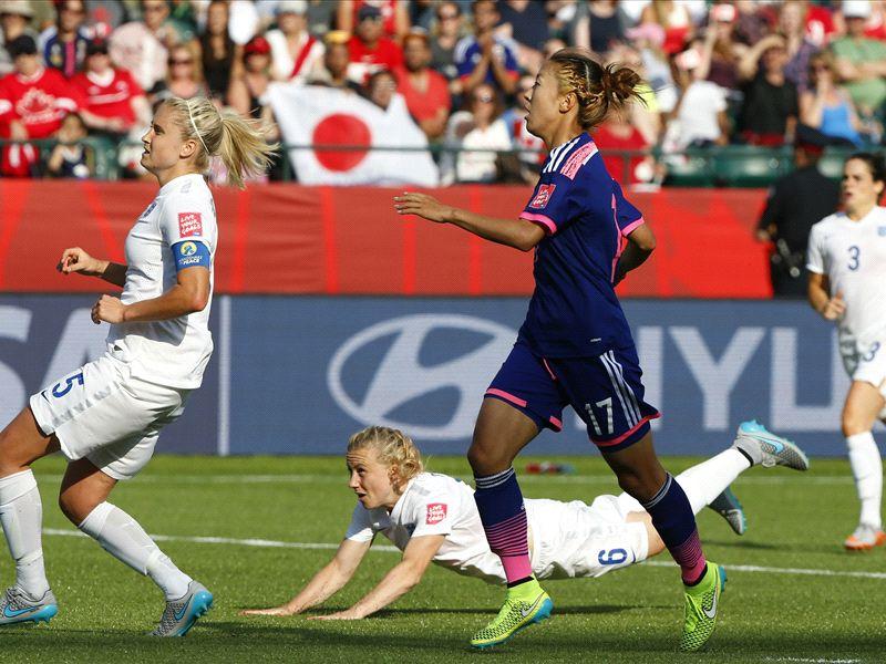 England stars leap to defence of 'hero' Bassett