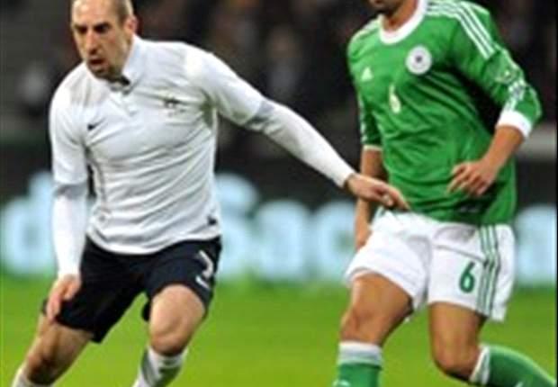 Francia no extraña a Benzema y gana en Bremen a la Alemania de Ozil y Khedira (1-2)