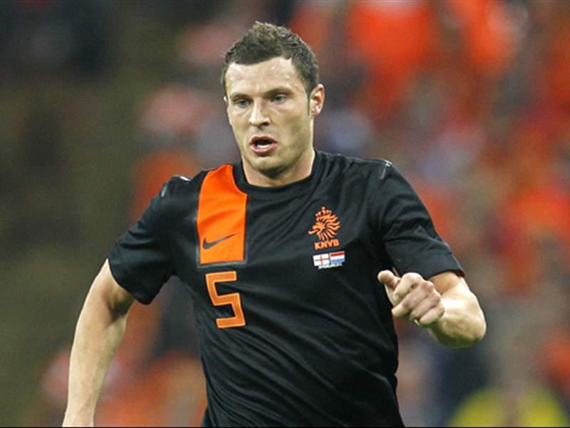 オランダ代表、ピーテルスが離脱...
