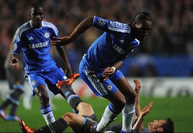 Ramires e David Luiz seguem adiante com o Chelsea na Champions League