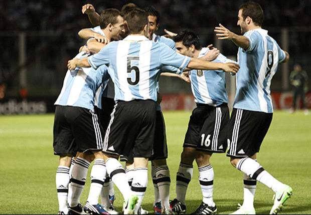 Argentina 3-1 Paraguay: Messi stunner seals victory for Albiceleste