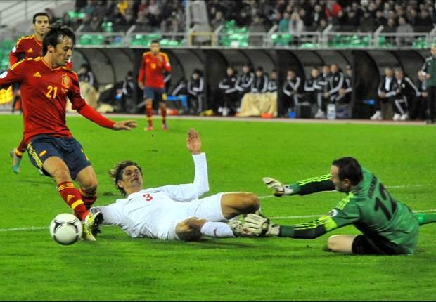 スペイン、ペドロのハットでベラルーシに大勝