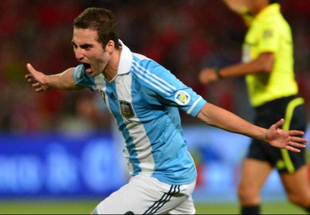 Chile 1-2 Argentina: Messi and Higuain clinch vital win in Santiago