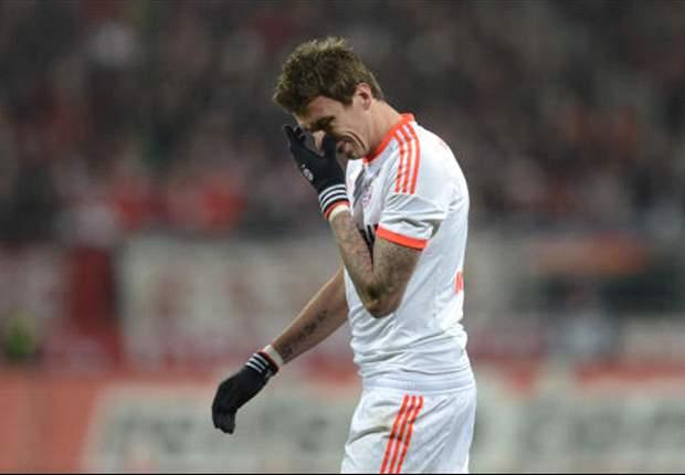 Nurnberg 1-1 Bayern Munich: League leaders frustrated by 10-man hosts