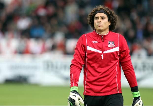 Ajaccio 0-0 Saint-Etienne: Guillermo Ochoa logra dejar su portería en ceros ante el segundo lugar general.