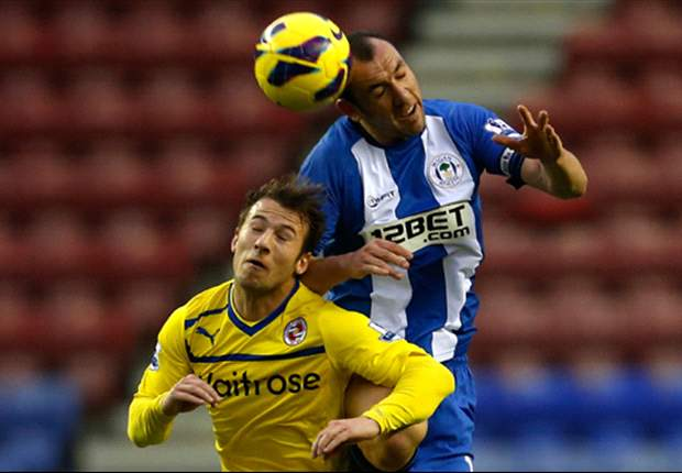 Wigan 3-2 Reading: Gomez completes hat-trick to secure dramatic late win for Latics