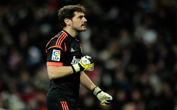 Goal.com - Os 50 mais ricos 2013 - 21. Iker Casillas (Real Madrid ... 1b6917a24c227