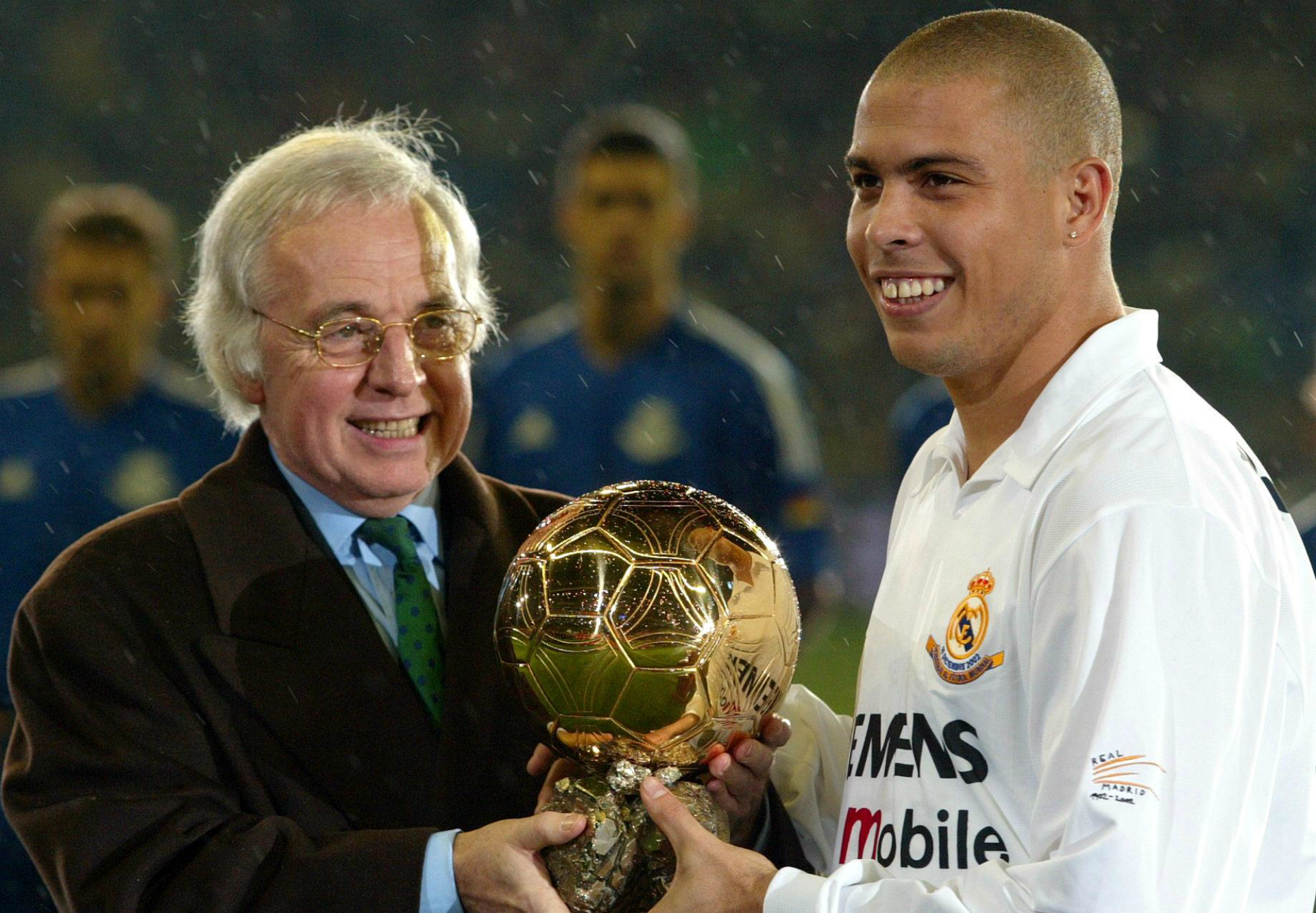 O Fenomeno - How Ronaldo won three Ballon d'Ors | Goal.com