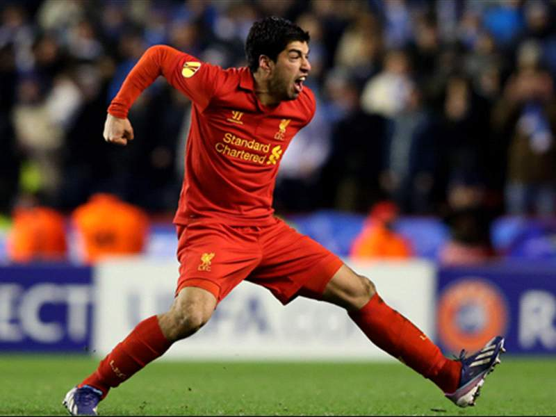 Suarez refusing to commit future to Liverpool amid Real Madrid links