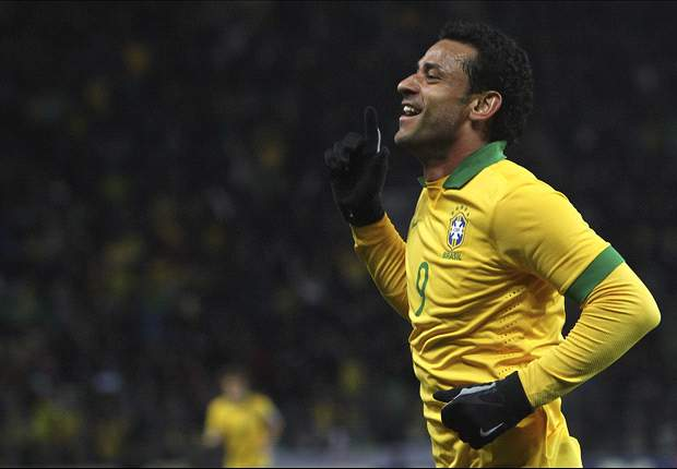 Brazil 1-1 Russia: Last-minute Fred equaliser saves Selecao
