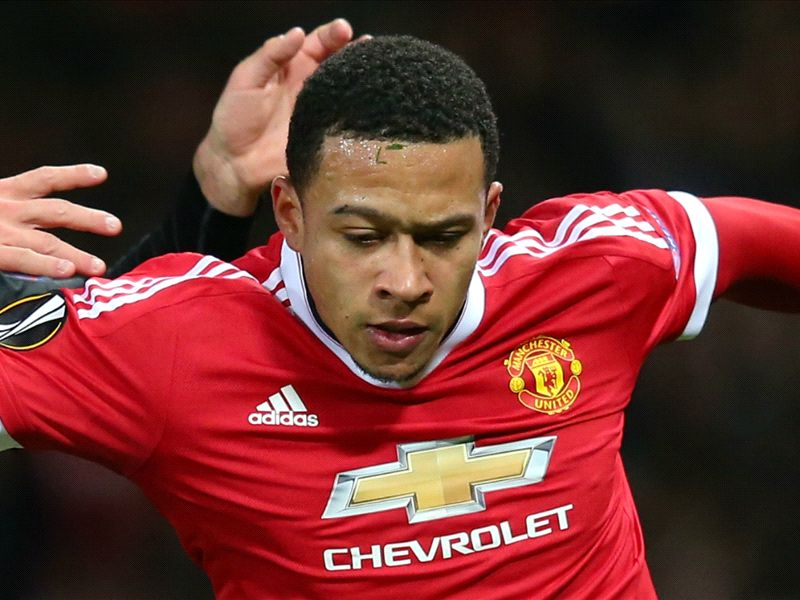 Gullit SLAMS Depay: He wants to be a footballer and a style icon