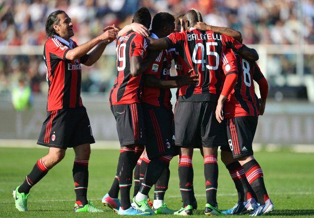 Pescara 0-4 AC Milan: Balotelli double solidifies third spot