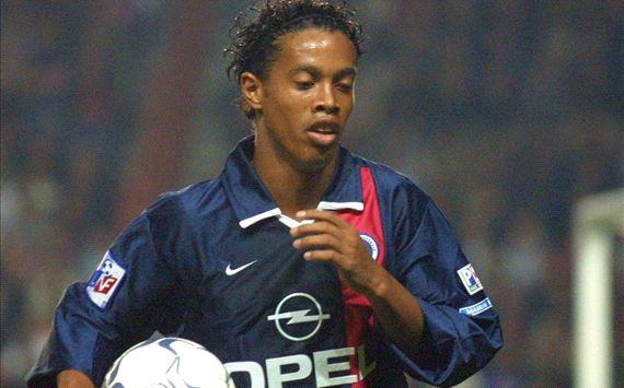 VIDÉO - Ronaldinho, le Parisien