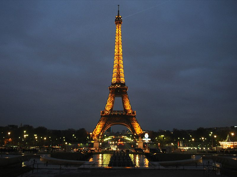 I Am The Tower Eiffel Tower Responds To Ibrahimovic Goal Com