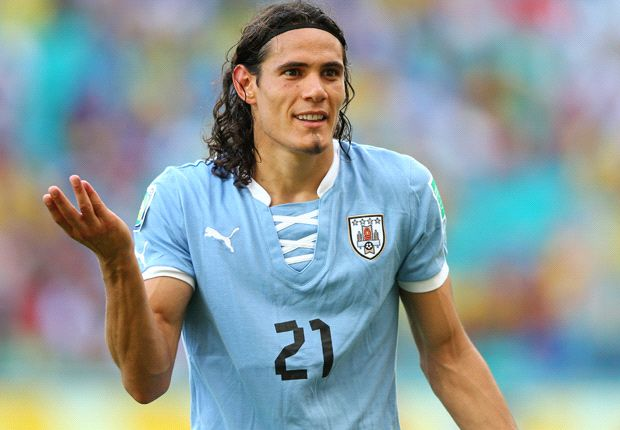 Edinson Cavani ha 'bucato' due volte Buffon