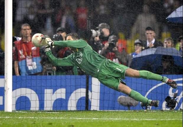 Manchester United - Chelsea 7-6 dcr: Van der Sar regala l'Europa ai Red Devils
