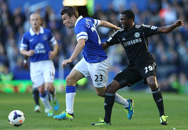 Everton 1-0 Chelsea: Naismith nods Toffees to victory