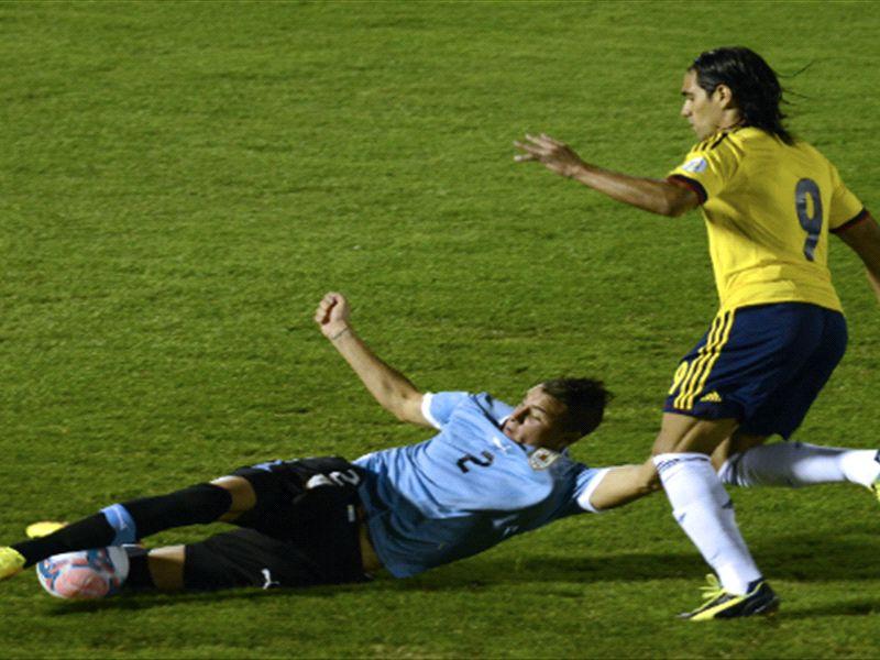 José María Giménez debutó en la Selección de Uruguay y en Atlético Madrid  en un lapso de una semana | Goal.com