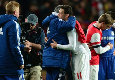 Mourinho tells Arsenal how to get the best out of Ozil