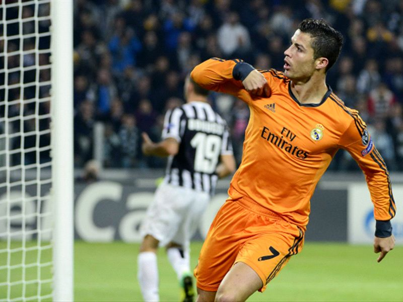 Calendar Year Goals Record : Ronaldo breaks messi s record for champions league goals