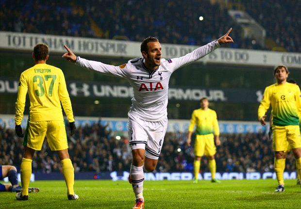 Tottenham 4-1 Anzhi: Soldado hat-trick fires Spurs to easy win