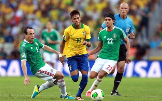 Photos of the world cup soccer brazil vs mexico goals