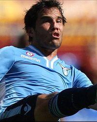 Á. González