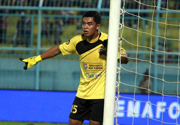 Gawang Perseru yang dikawal Teguh Amirudin dijebol Spasojevic pada menit ke-12.