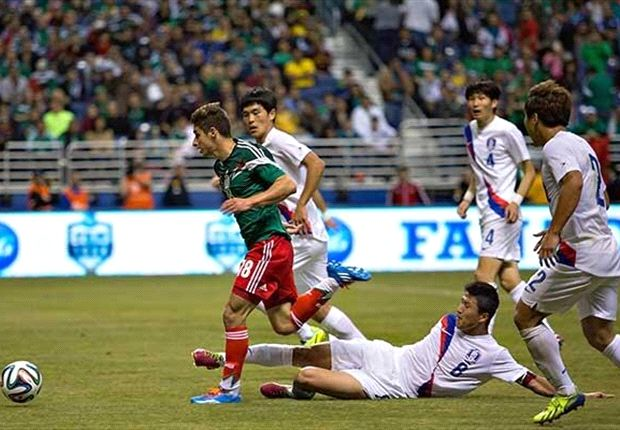 Mexico 4-0 South Korea: Alan Pulido scores hat trick in national team debut