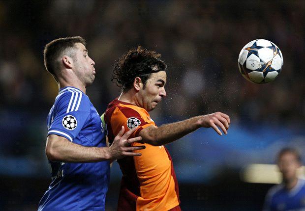 Cahill in azione durante Chelsea-Galatasaray