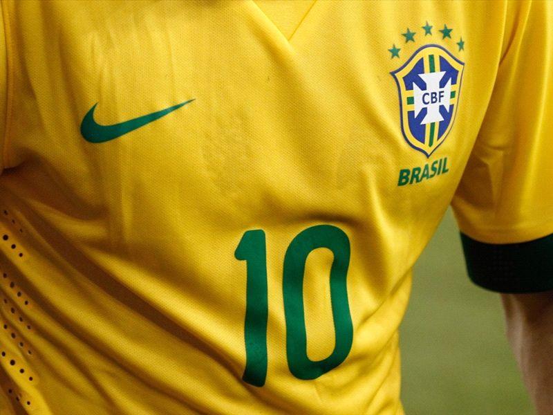 60b2a328fe Seleção Brasileira jogará toda a primeira fase da Copa do Mundo com a  tradicional camisa