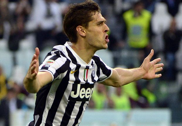 Juventus 2-0 Livorno: Llorente double fires champions to victory