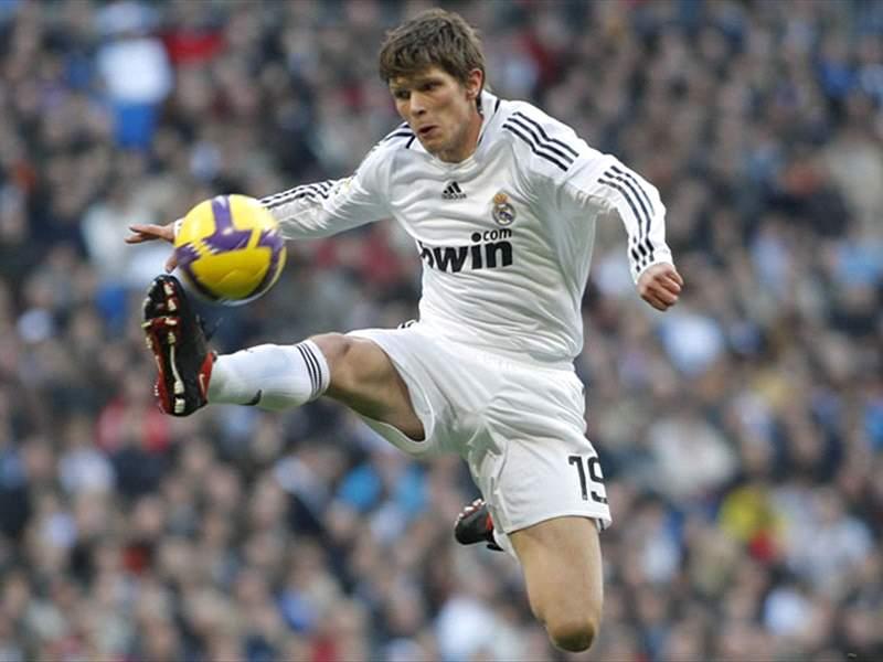 Klaas-Jan Huntelaar Wants Real Madrid Future Clarified   Goal.com
