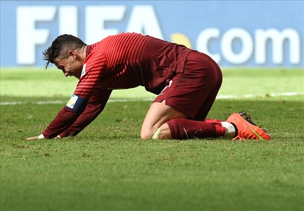 Why Real Madrid Are Worried About Ronaldo S Chronic Knee Injury Goal Com