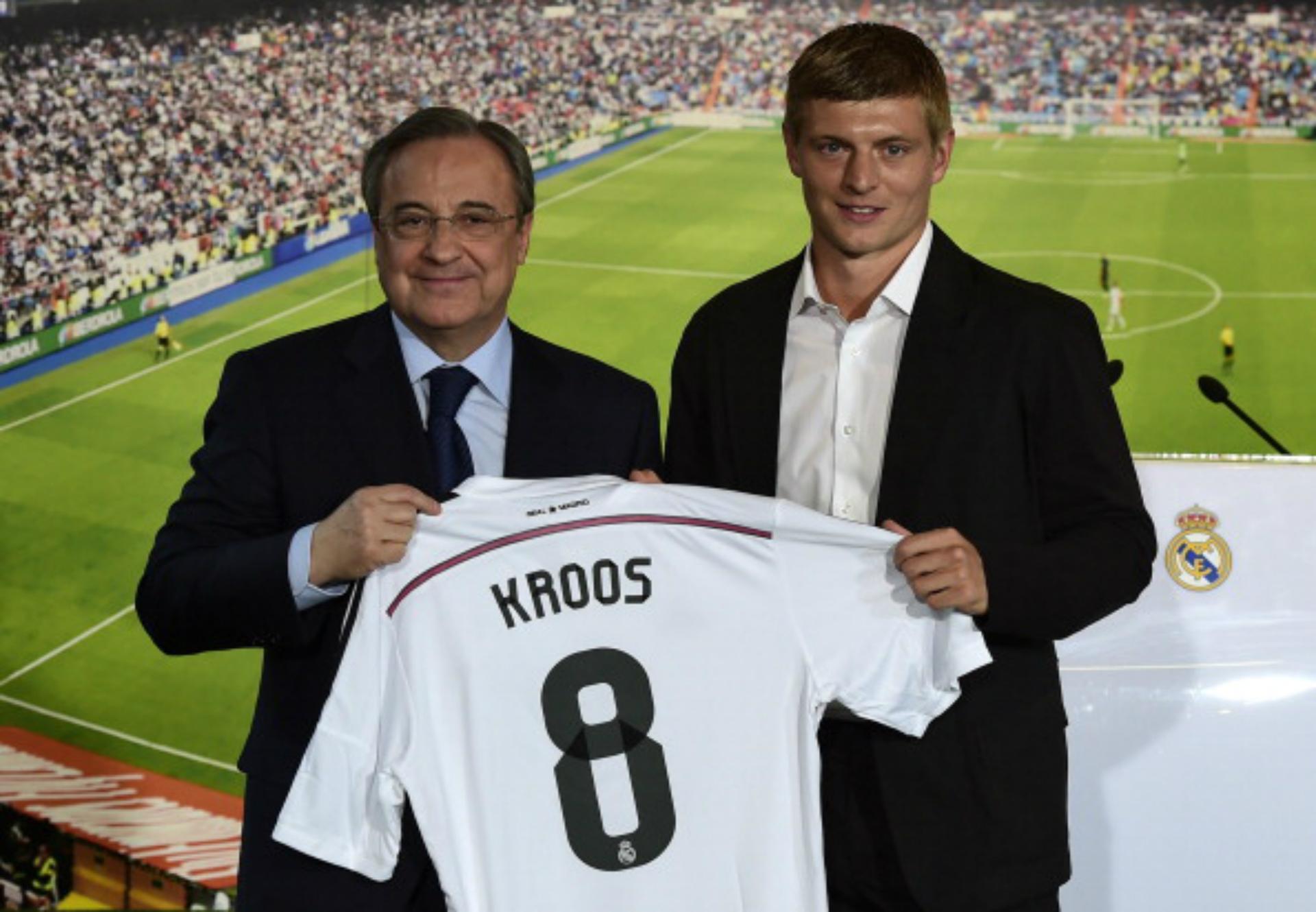 Real Madrid unveil Toni Kroos - LIVE! - Goal.com 1f1fc805e