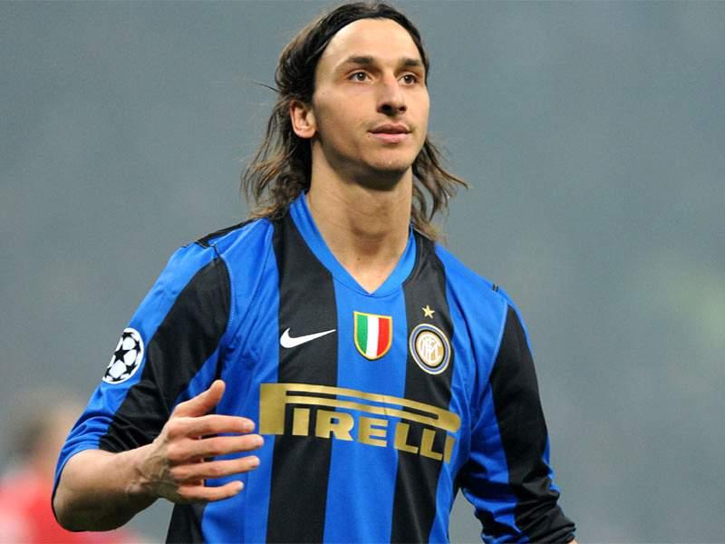 Zlatan Ibrahimovic Give Revoked Scudetti Back To Juventus Goal Com