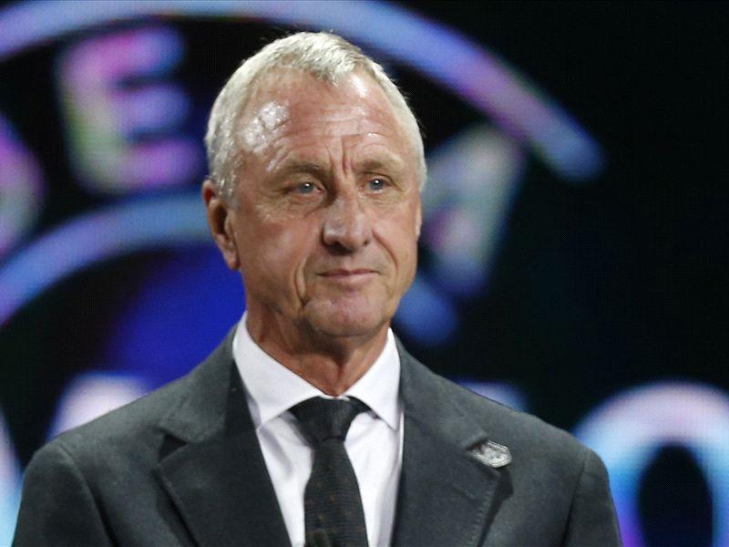 Debate: Who is the bigger Barcelona icon - Cruyff or Messi?