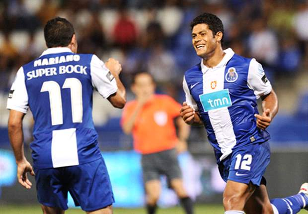 Porto 4-2 Genk (7-2 Agg.): Hulk Hits Hat-Trick For Dominant Dragons
