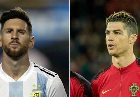 Rooney picks 'greatest ever' between Messi & Ronaldo