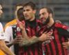 Higuaín pide disculpas por su expulsión en el Milan - Juventus