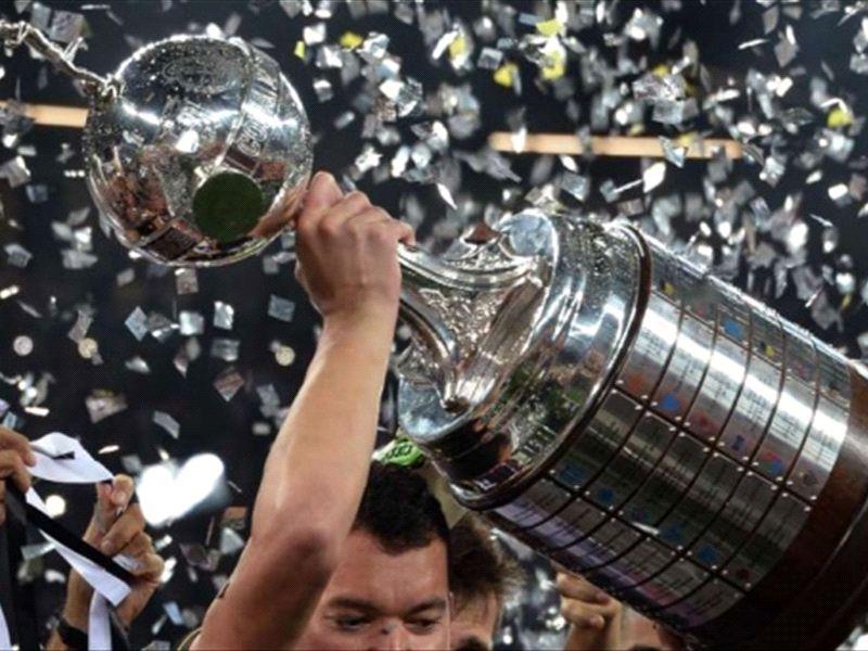 Definidos os grupos da Copa Libertadores de 2015